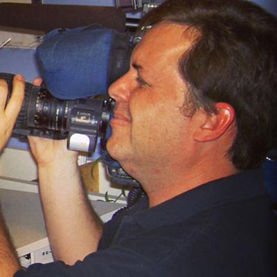 Bob Pearce video specialist
